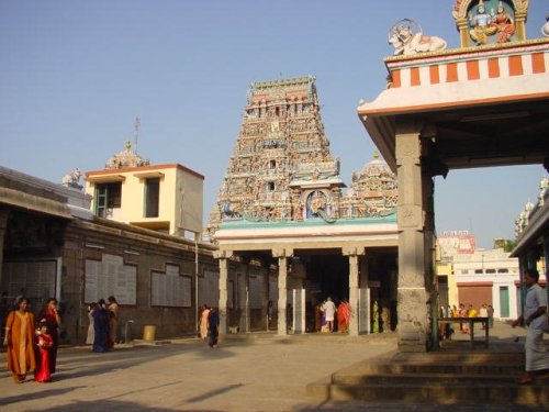 Kapaleeswara Temple looking at Rajagopram from the inside courtyard.