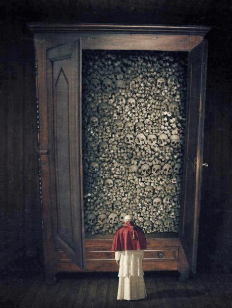 Pope & Skulls