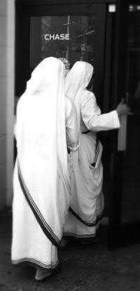 Missionaries of Charity nuns enter Chase Bank in Manhattan. There was so much money and so many bank accounts, nobody knew where it was actually kept. A lot was donated to the Vatican of course, as Peter's Pence, though it was tax-free Indian money.